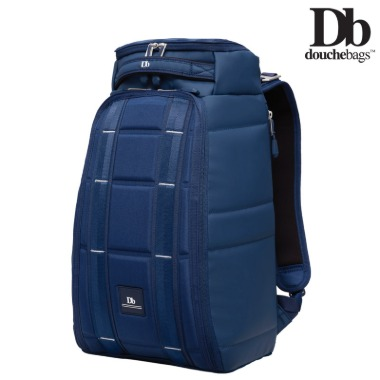 [Db_241E13] The Hugger 20L (Deep Sea Blue)